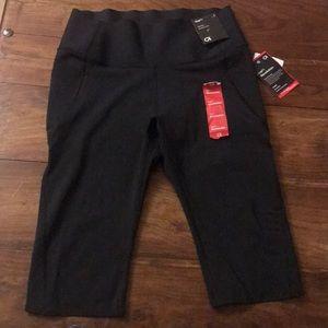 Gap fit revolution women's leggings